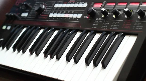 Giving the Korg R3 Its Due