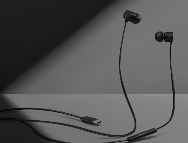 These Sub-$20 OnePlus Type-C Bullets Earphones Sound Surprisingly Great