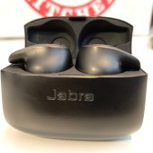 Jabra's Evolve 65t Are a Bold Alternative to Apple's Airpods
