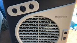 Honeywell CO60PM Indoor/Outdoor Evaporative Air Cooler Is Great for Summer