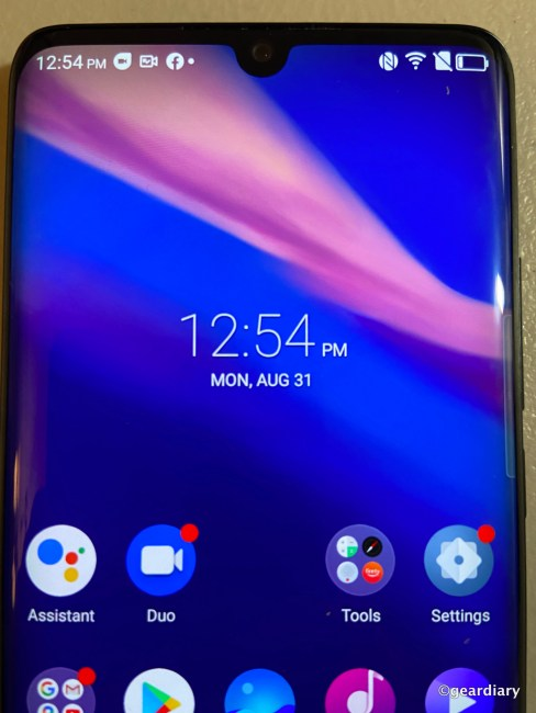 TCL 10 Pro: A Lot of Phone for a Fair Price