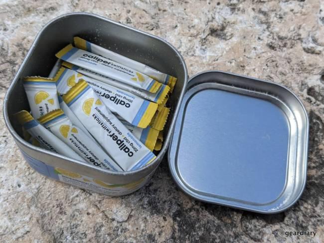 The Caliper Swiftsticks Lemonade Flavored CBD Powder inside the tin