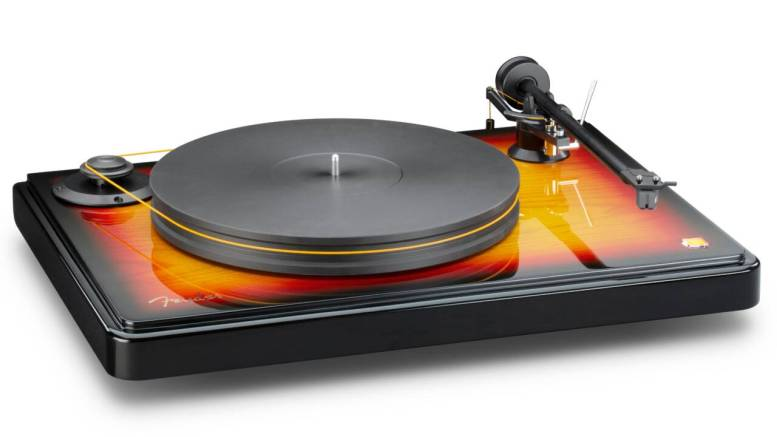 Fender x MoFi PrecisionDeck Turntable Combines Fender Style with MoFi Sound