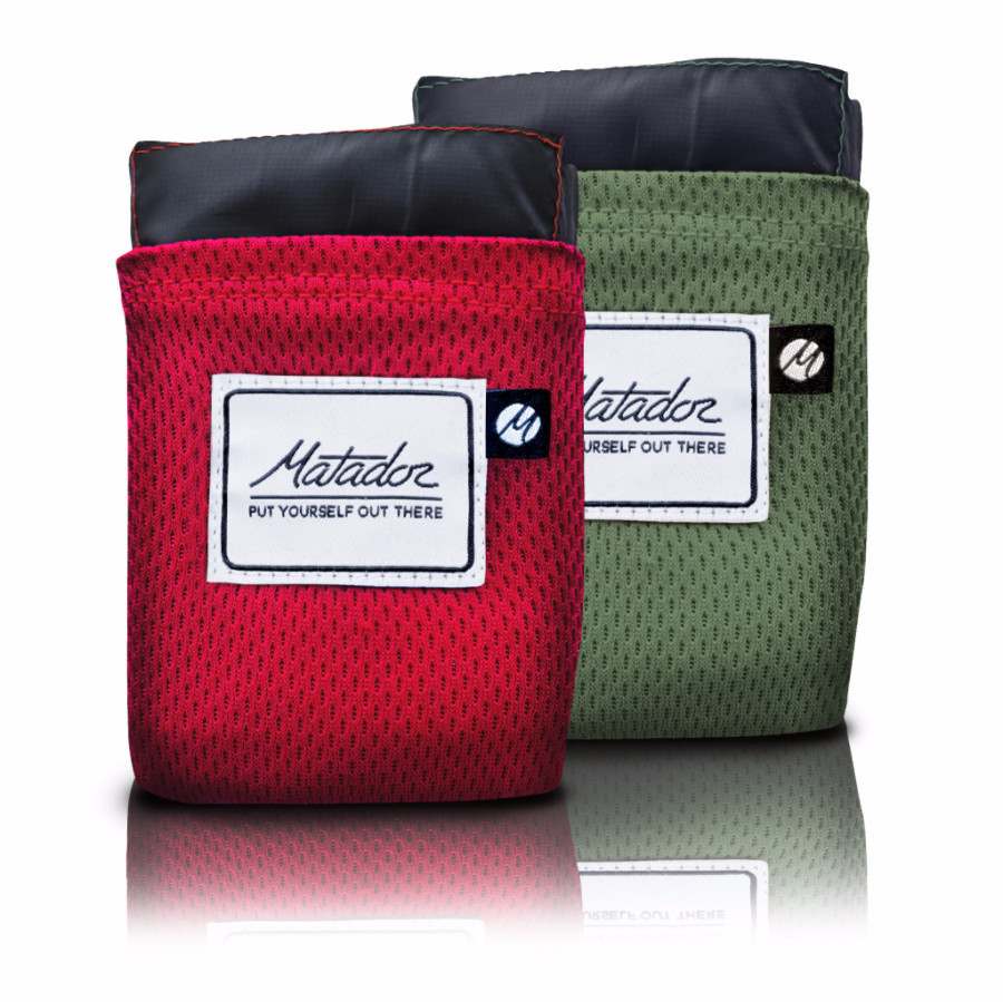 Red and Green Matador Pocket Blanket 2.0
