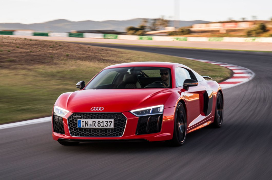 The New 2017 Audi R8 is Unbelievable