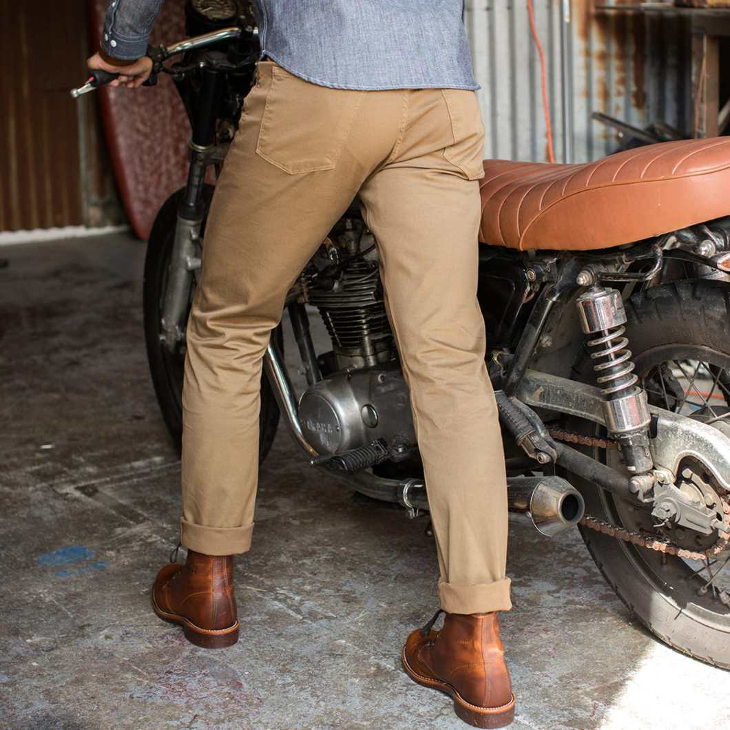 The 365 Pant by Flint and Tinder is the Perfect Pair of Pants for Everything