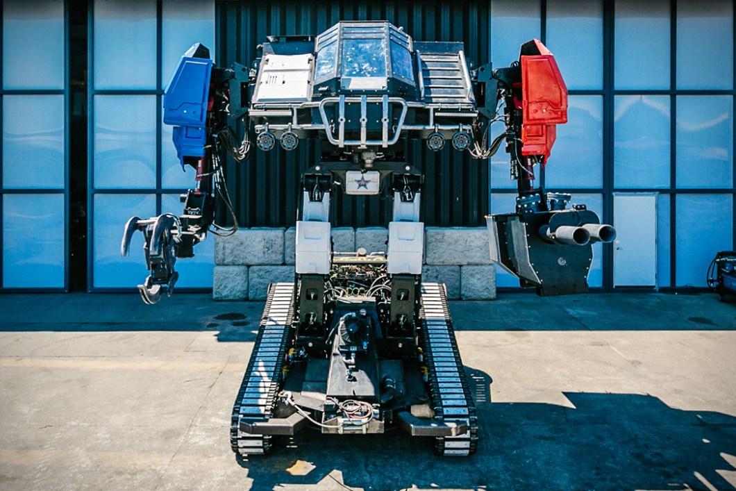 Megabots: USA versus Japan Giant Robot Duel