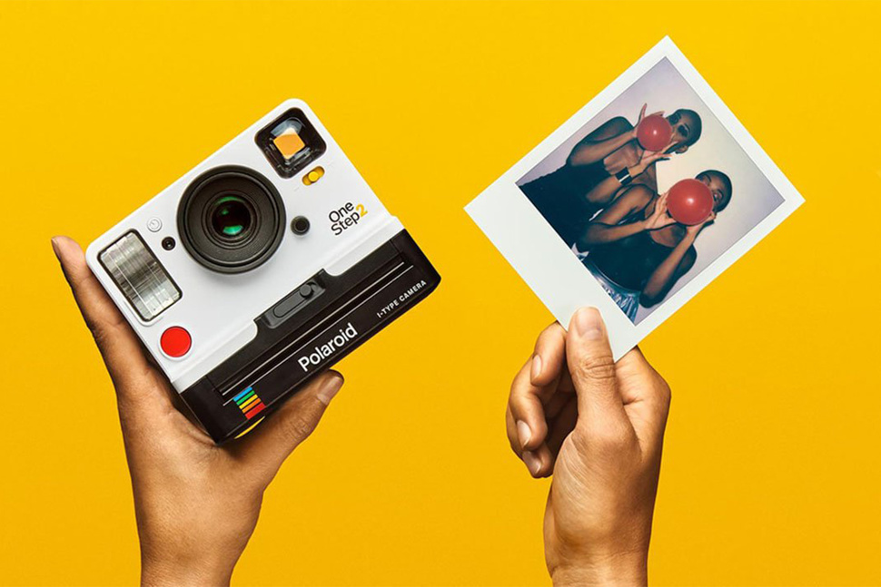 Polaroid OneStep 2 i-Type: The Throwback Instant Camera You Need