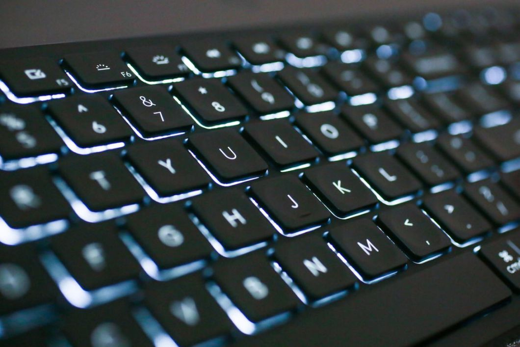 Logitech's Smart CRAFT Keyboard is a Master of Customization