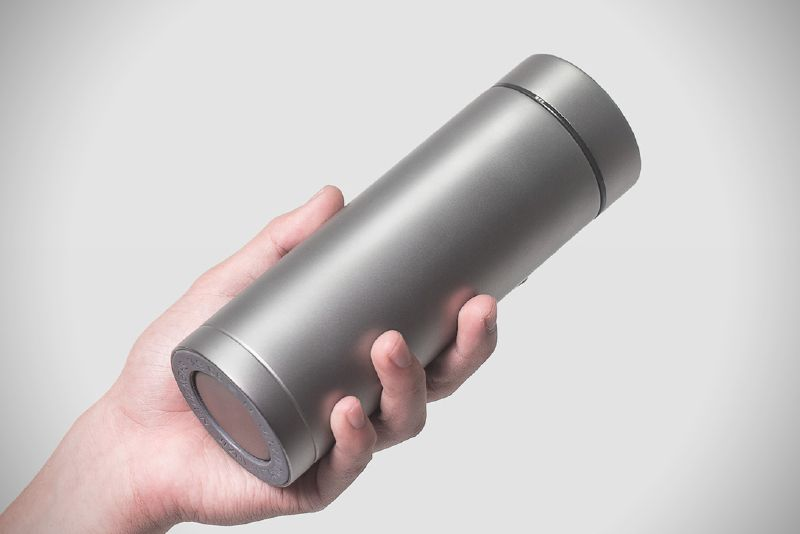 Gift Idea: The Ti22 Therma Titanium Vacuum Bottle