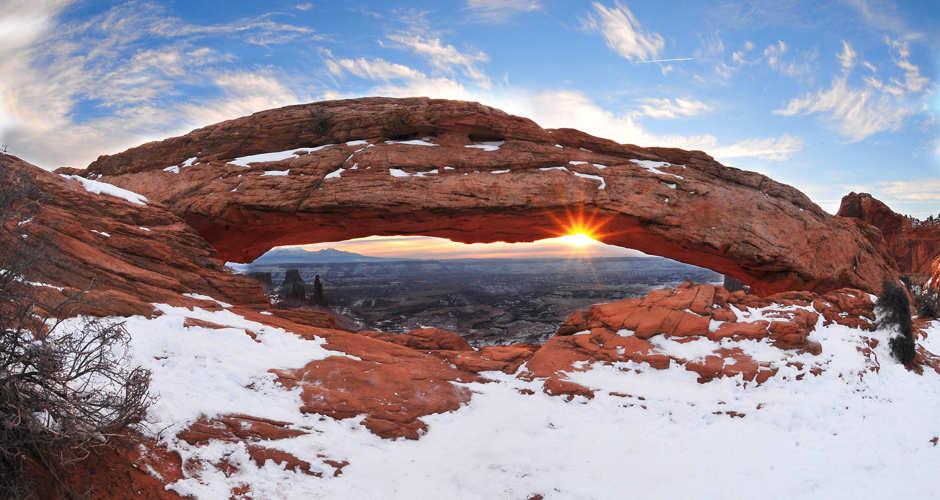 canyonlands national park winter hiking destinations