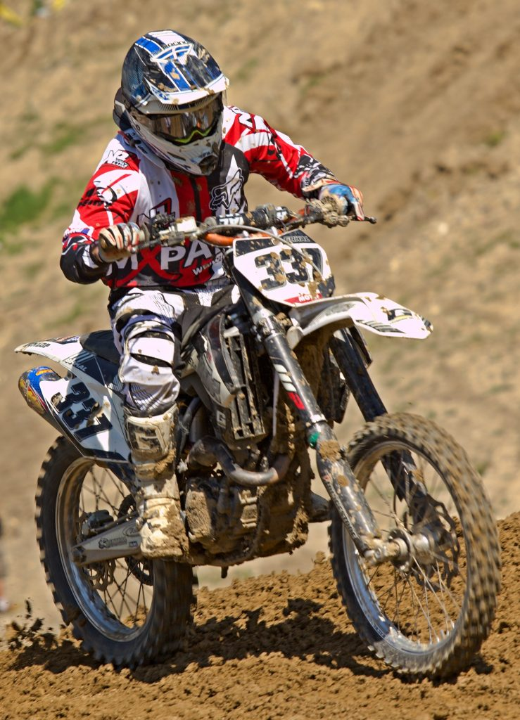 how to ride a dirt bike for beginners