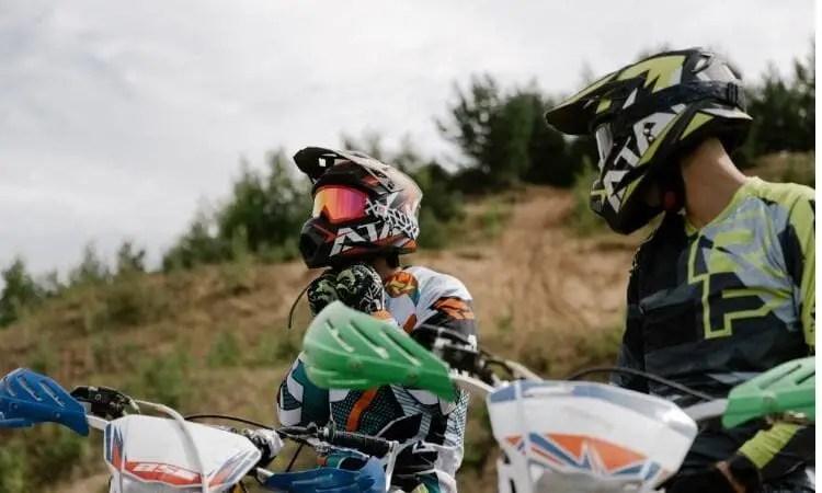 motorcycle helmet last