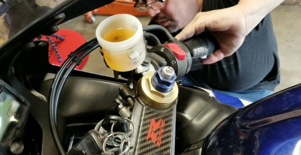 What are the Most Common Brake Fluid Problems