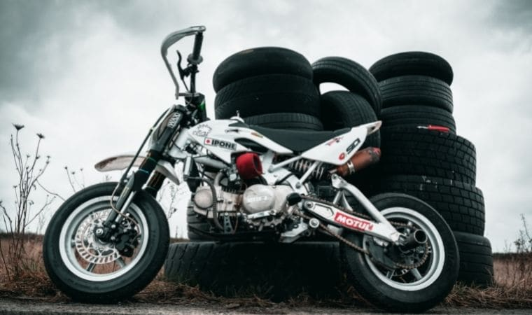 how long do motorcycle tires last