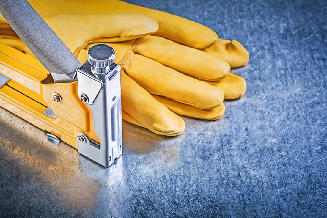 The 10 Best Staple Guns For Professionals And DIY Enthusiasts In 2021