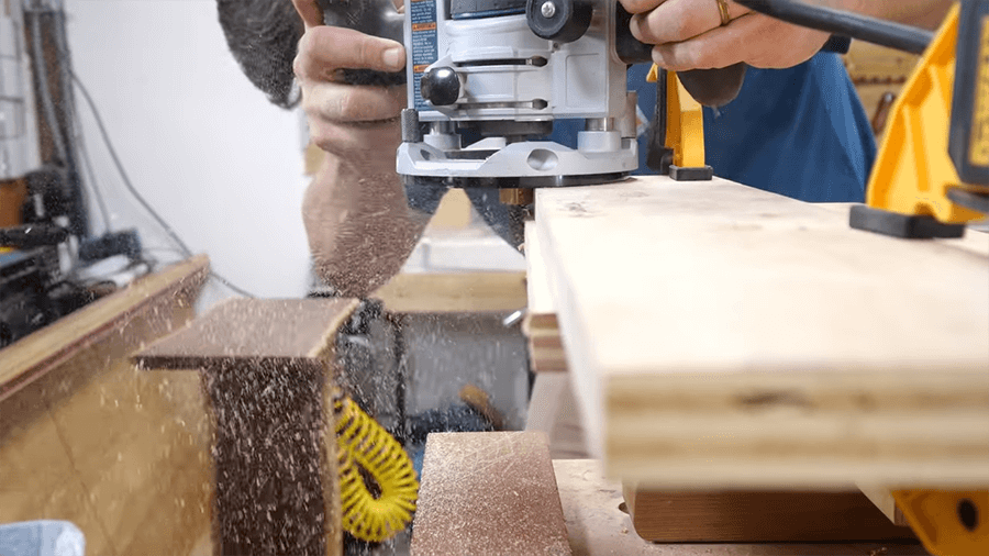 Advantages of using a Wood Router