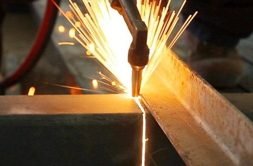 How Hot Does a Plasma Cutter Get?
