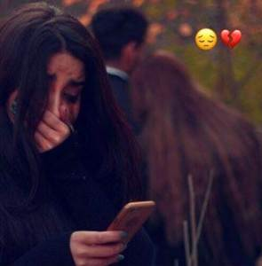 Sad Images Of a Girl