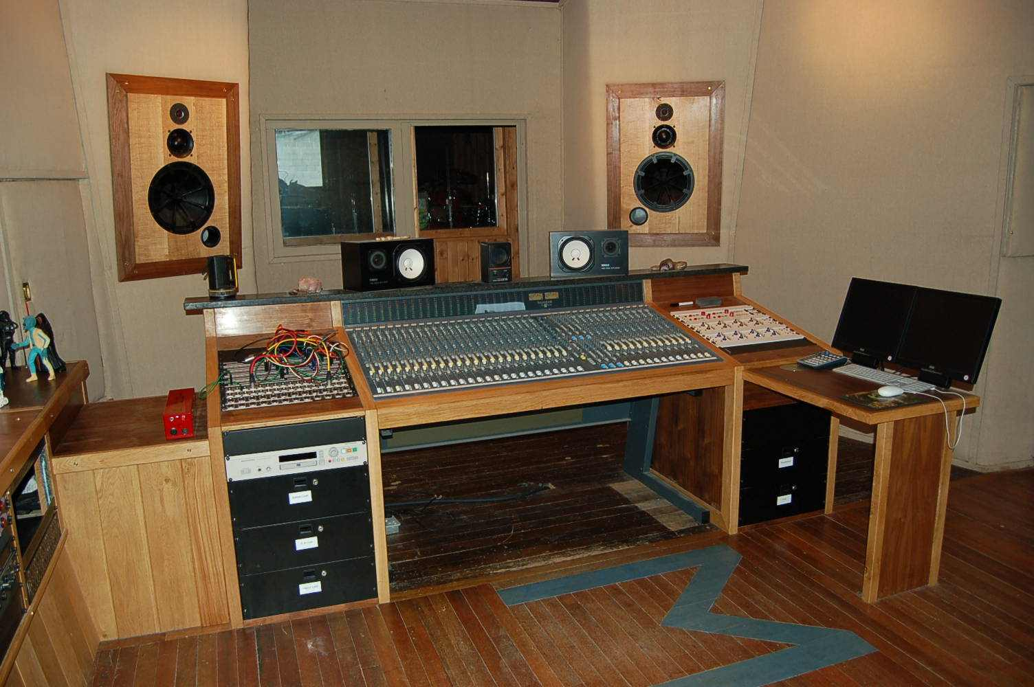Recording Studio Chair Studio Furniture Workstations And Mix Positions