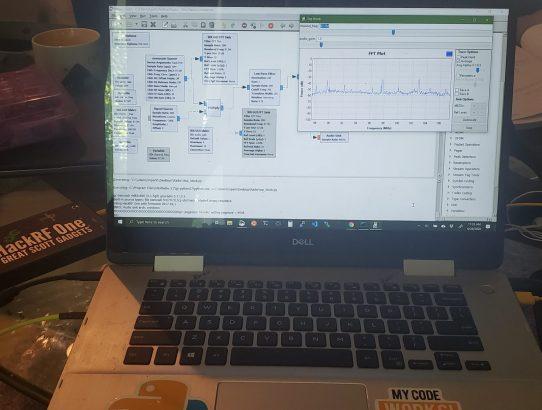 GNURadio 3.7, HackRF, Python 3.8, Win 10, QT vs WX