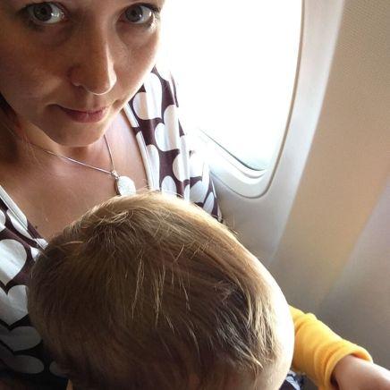 Fliegen mit Sohn: Unter 2 muss er noch auf meinem Schoß sitzen