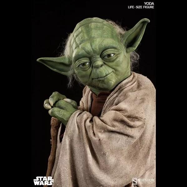 star-wars-statuette-11-yoda-81-cm