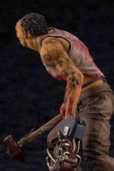 dead-by-daylight-le-montagnard-the-hillbilly-statuette-3