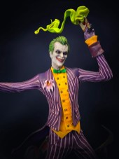 silver-fox-collectibles-statuette-joker-1