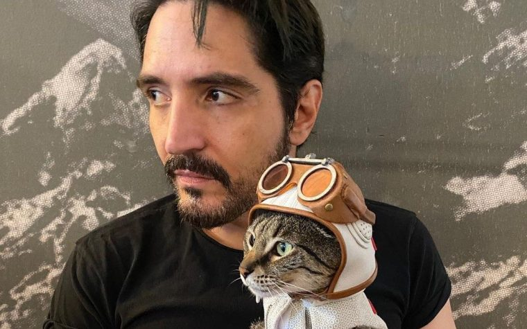 David Dastmalchian and Polka-Dot Cat Photos