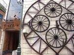 沖縄の金武町にある盆栽カフェ〜ゴールドホール〜がカオス過ぎて素晴らしい!