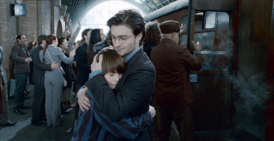 James Potter II e Teddy Lupin a Hogwarts: Rowling rivela le loro case.