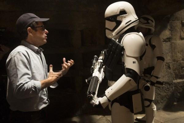J.J. Abrams parla di Star Wars: Il risveglio della Forza con Wired (Parte 1/2)