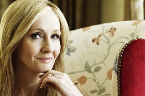 J.K. Rowling: ancora storie su Hogwarts da raccontare con tre libri previsti