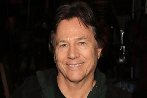 "Richard Hatch ""Apollo"" e ""Tom Zarek"" in Battlestar Galactica muore a 71 anni"