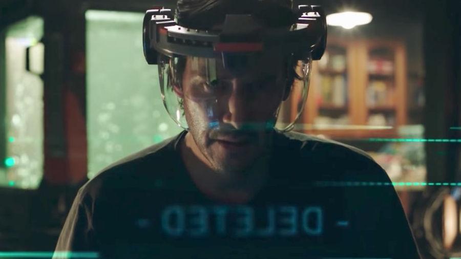 Keanu Reeves: una famiglia di cloni e un nuovo trailer per Replicas