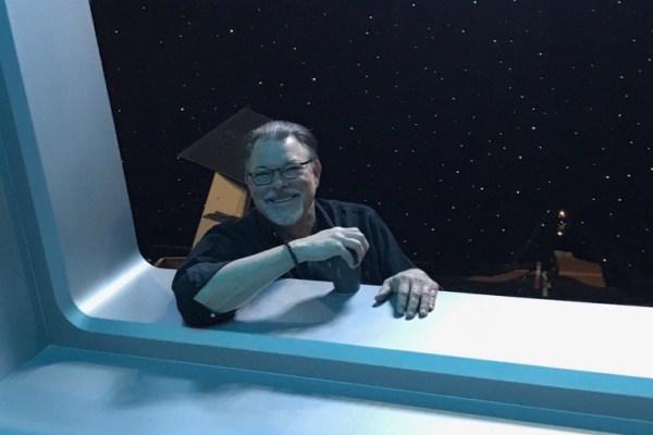 Il regista Jonathan Frakes spiega come ha diretto The Orville e Star Trek: Discovery