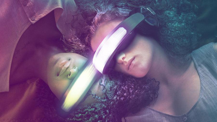 Netflix presenta Kiss Me First, la realtà virtuale non è un posto sicuro!