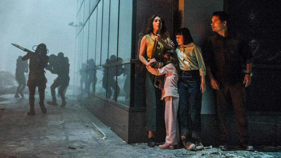 Extinction: la razza umana è in pericolo nel nuovo film Netflix (con ben tre attori Marvel)
