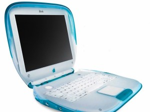 iBook G3 Blue bearing a resemblance to a toilet seat