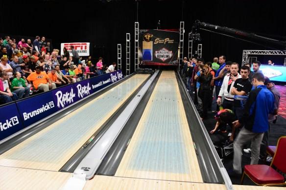Blue-Oil-Lanes_2013-PBA-Cheetah-Championship