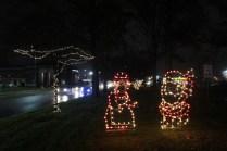 Quintard Median Christmas Lights 2018 (5)