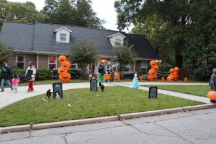 Halloween At Glenwood Terrace 2019 (121)