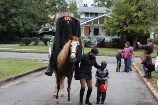 Halloween At Glenwood Terrace 2019 (44)