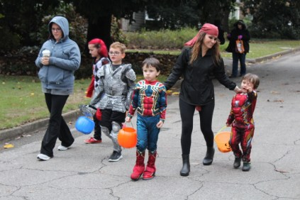 Halloween At Glenwood Terrace 2019 (86)