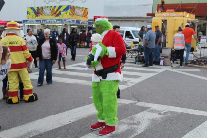 Christmas On The Square Talladega 2019 (23)