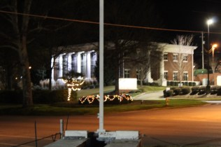 Quintard Avenue Christmas Lights 2019 (48)