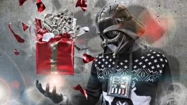 25125976 - darth vader at christmas