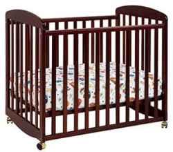 DaVinci Alpha Mini Rocking Crib