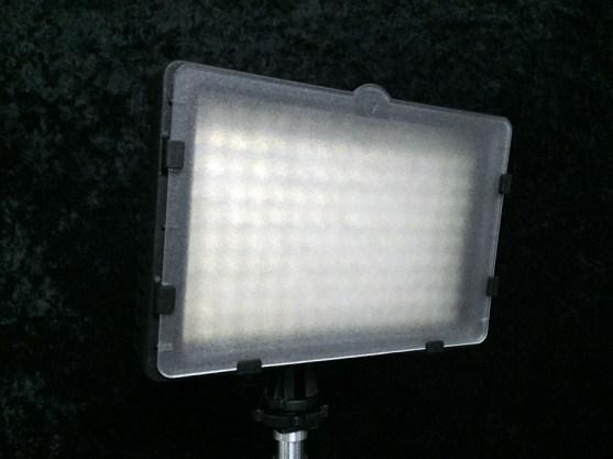 Neewer CN-160 LED Light